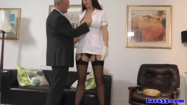 Euro mature picks up dude for fingerfuck